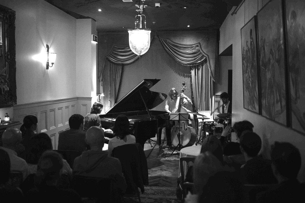Debut performance: 1901 Arts Club 6 July 2017  MSJ photography