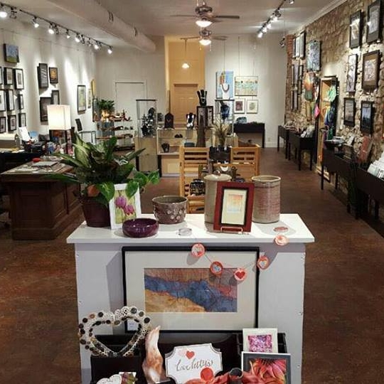 Alliance Art Gallery - 112 North Main Street, Hannibal, MO 63401573-221-2275