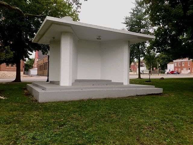 The War Memorial in Central Park is being reunited with restored plaques containing the names of more than 5,000 Northeast Missouri world war military veterans. The official dedication and unveiling takes place tomorrow, Tuesday, September 4th at 6:15pm.  Thank you to all who have served our country!  #historichannibal #visithannibal #hannibalmo #high5hannibal #quincyil #missouriadventure  #visitmo #marktwain #showmestate #mo #explore #showme #supportlocal #community #shoplocal #wanderlust #travelgram #instatravel #travel #adventure