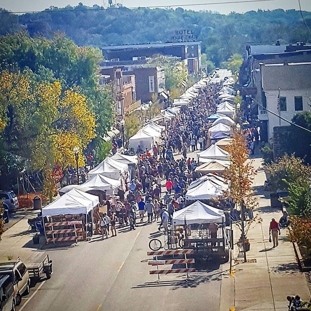 Fall is here and we are so excited!  Save the date for these fun fall events: 🍂9/29-9/30: Fall Sidewalk Sales & Main Street Vintage Market 🍂10/6: Jaycees Haunted House opens (every Friday and Saturday in October) 🍂10/9: Hannibal Band Day Parade 🍂10/13: Hannibal Oktoberfest 🍂10/20-10/21: Historic Folklife Festival 🍂10/26: Ghouls Night Out 🍂10/27: Living Dead Windows, Jaycees Halloween Parade, and NEMO Humane Society Pet Parade 🍂10/31: Main Street Trick or Treat and DARE Trick or Treat  For more information on downtown events please visit www.HistoricHannibalMO.com/events