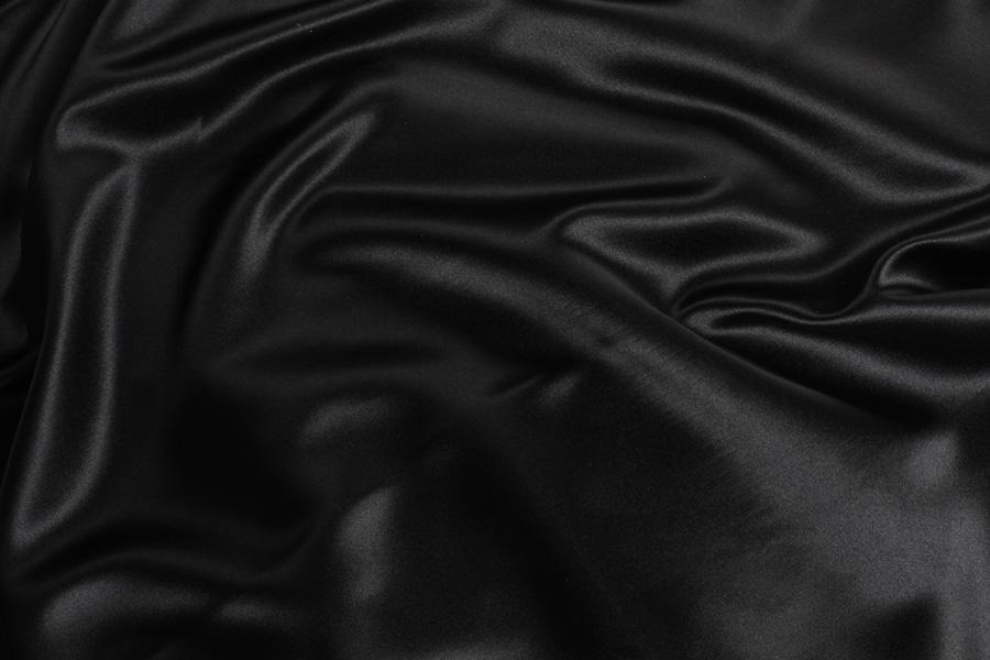 BLACK SATIN -