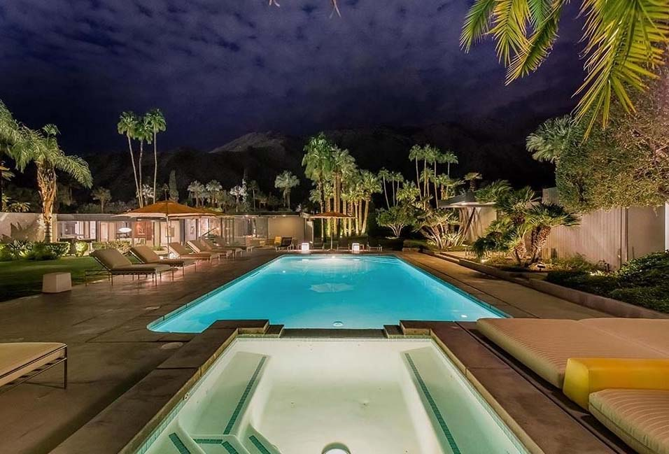 Dinah Shore House Palm Springs  - The former estate of actress Dinah Shore, built in 1964 by Donald Wexler has recently been acquired by Leonardo DiCaprio. This estate boasts a lovely 1960s modernism setting.