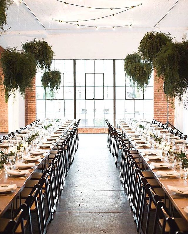 We love this open space in LA. @hudsonloft is perfect for a wedding or event. 📸: @gregoryross