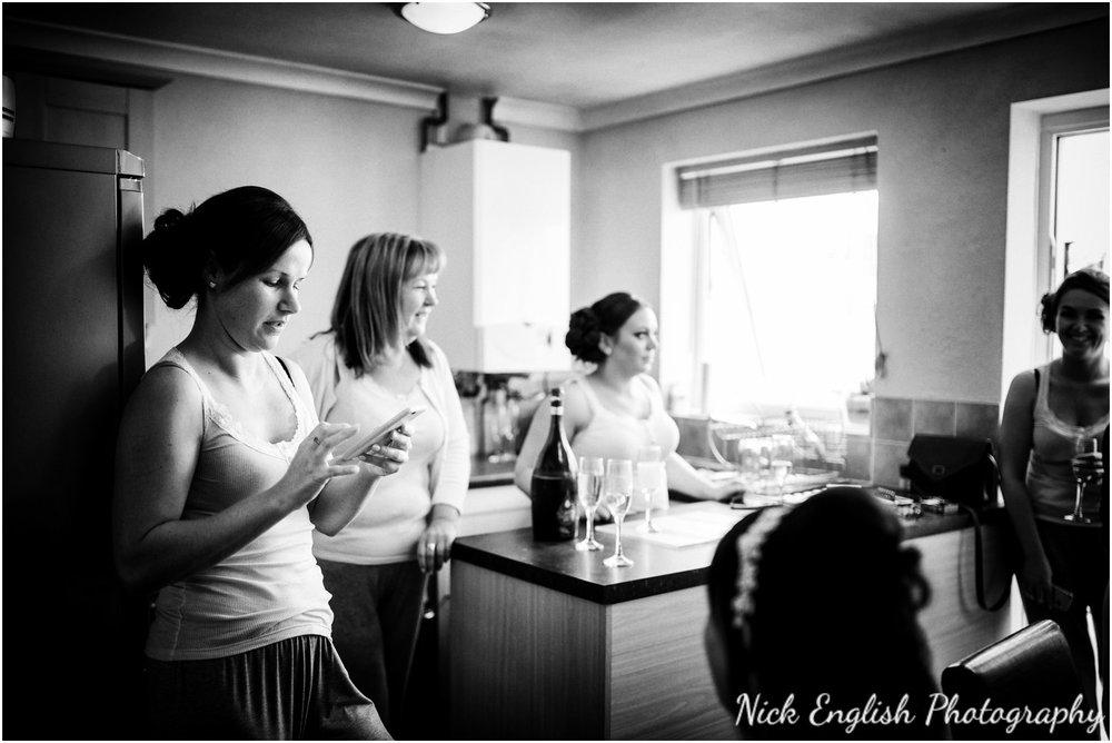 Rivington Hall Barn Wedding Photographer (11).jpg