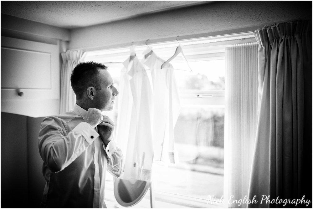 Rivington Hall Barn Wedding Photographer (23).jpg
