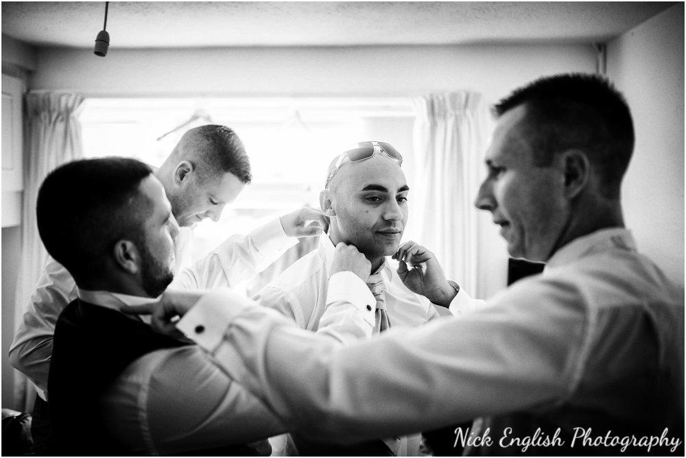Rivington Hall Barn Wedding Photographer (33).jpg