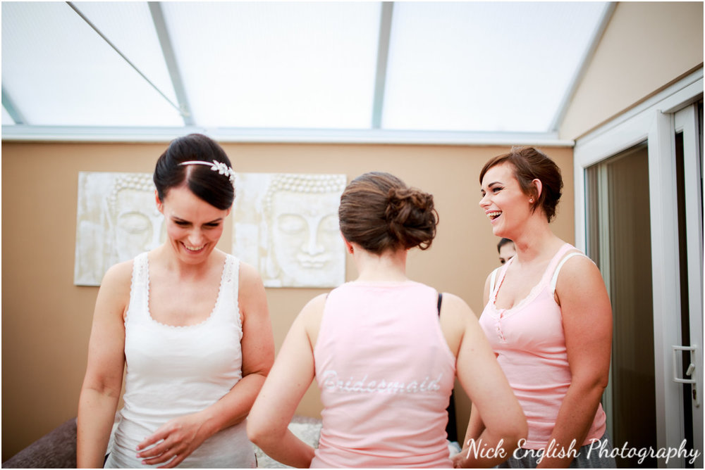Rivington Hall Barn Wedding Photographer (50).jpg