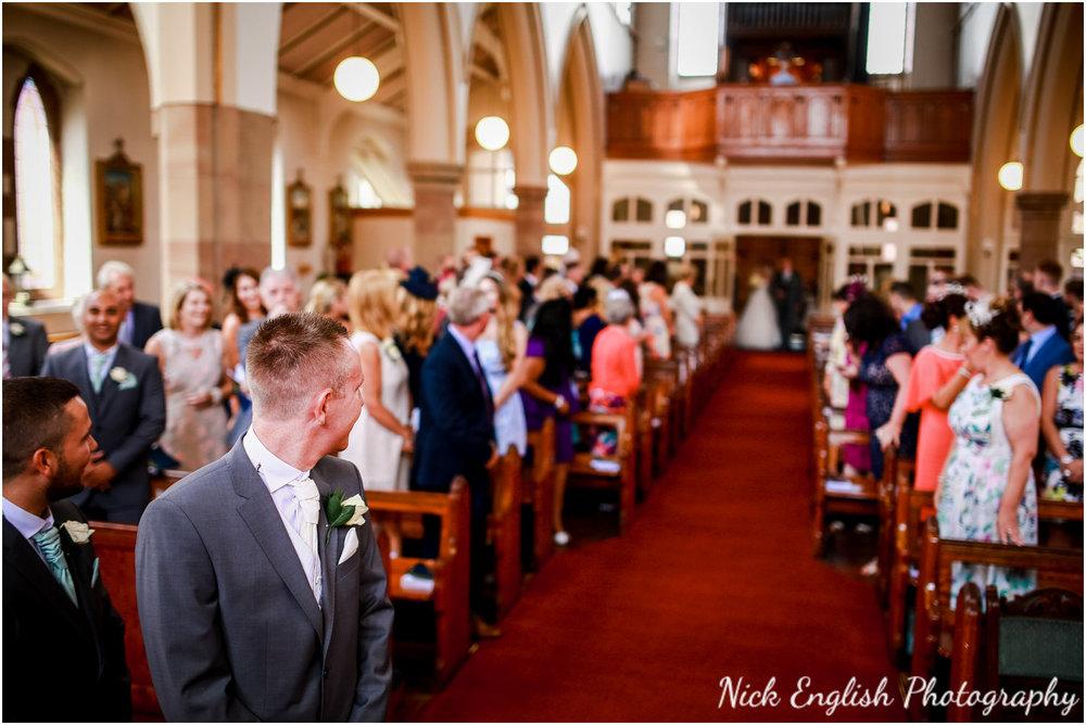Rivington Hall Barn Wedding Photographer (66).jpg