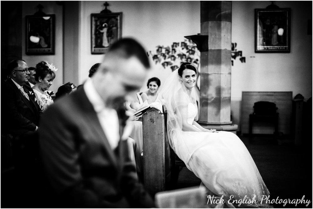 Rivington Hall Barn Wedding Photographer (79).jpg
