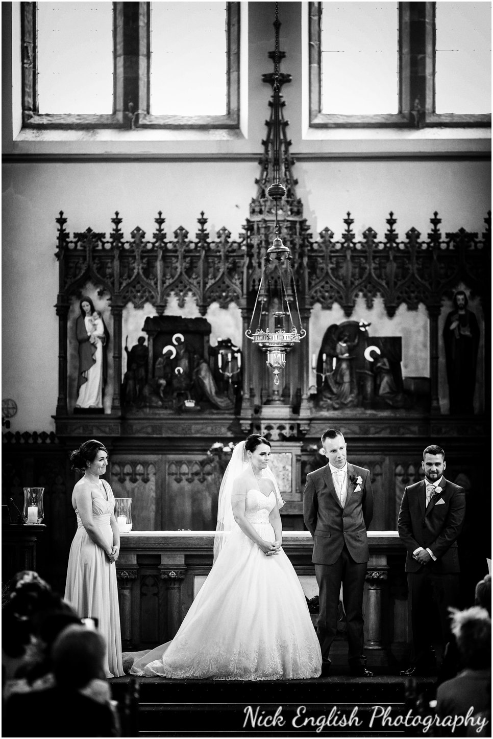 Rivington Hall Barn Wedding Photographer (82).jpg