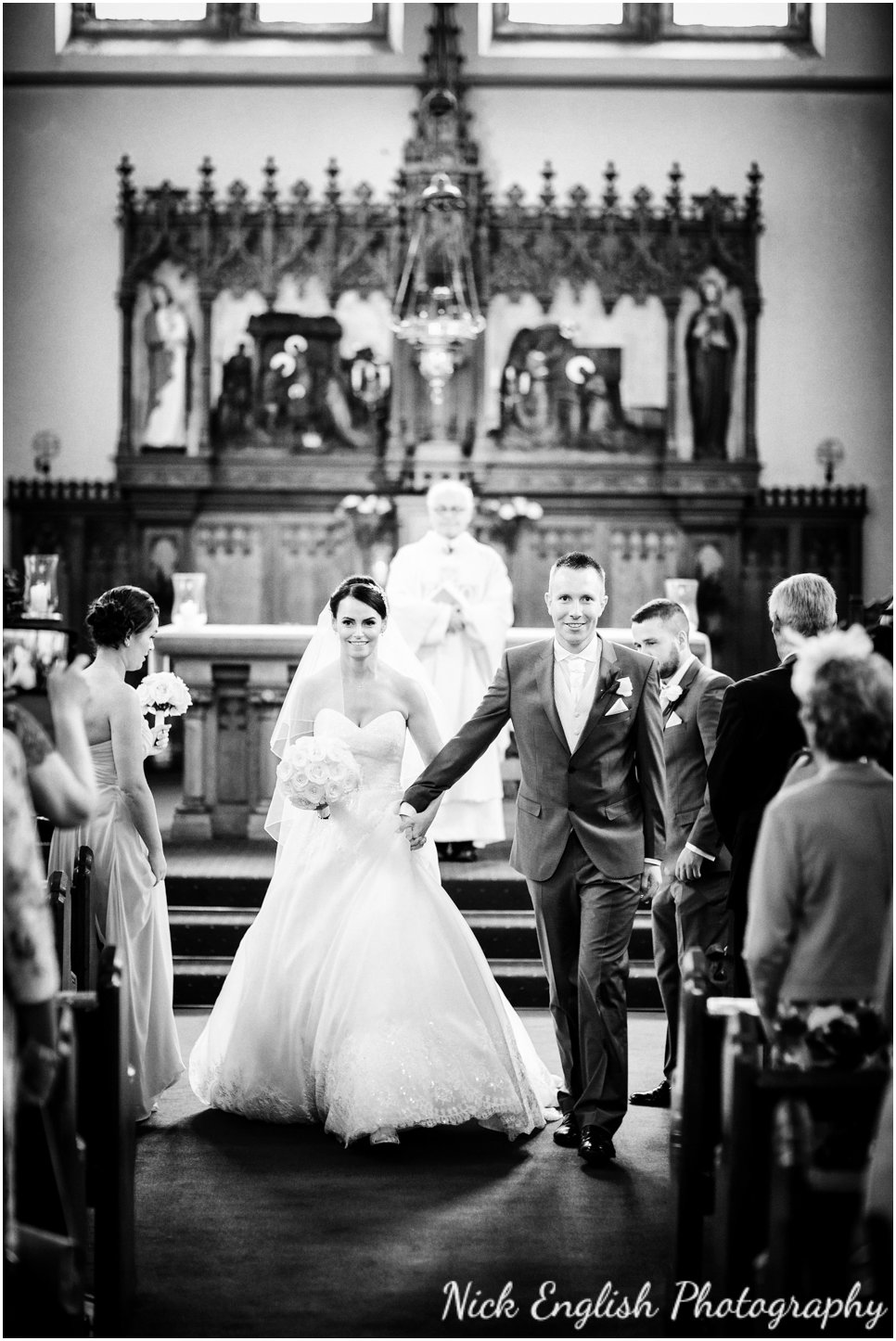 Rivington Hall Barn Wedding Photographer (87).jpg