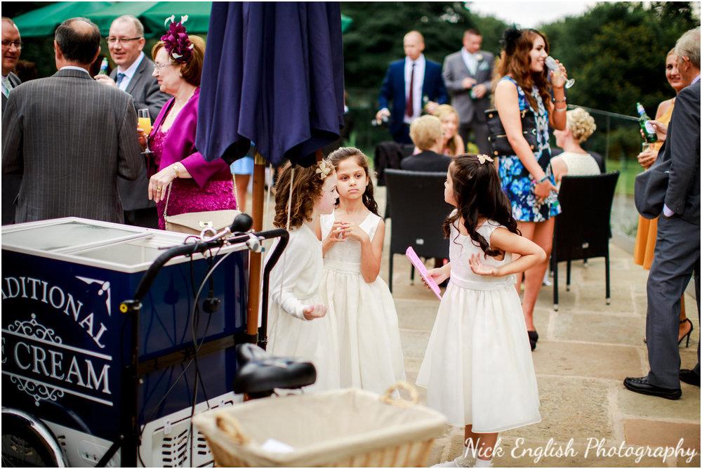 Rivington Hall Barn Wedding Photographer (102).jpg