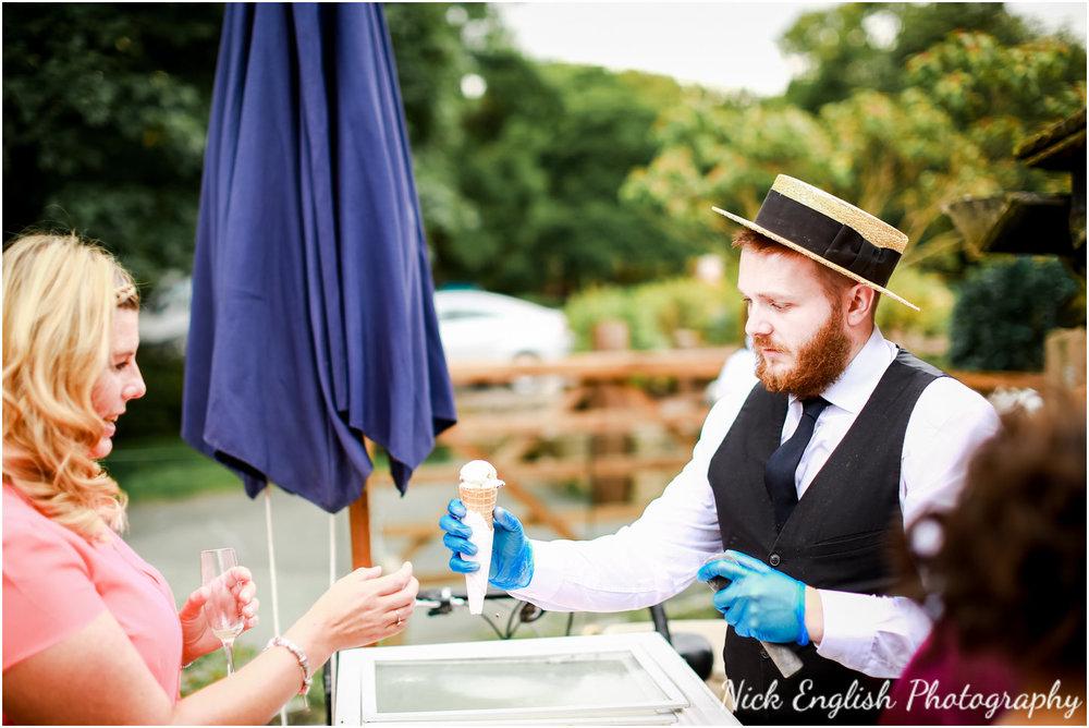 Rivington Hall Barn Wedding Photographer (104).jpg