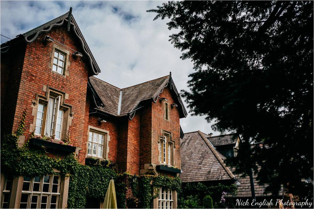 The_Villa_Wrea_Green_Wedding_Photographs-19.jpg