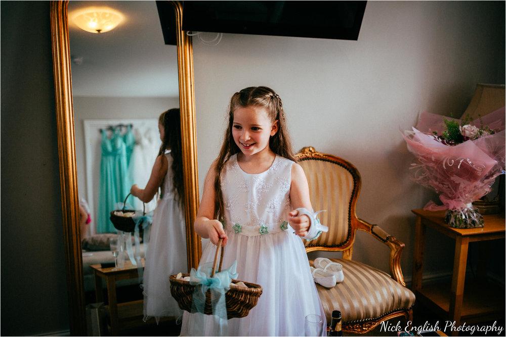 The_Villa_Wrea_Green_Wedding_Photographs-39.jpg