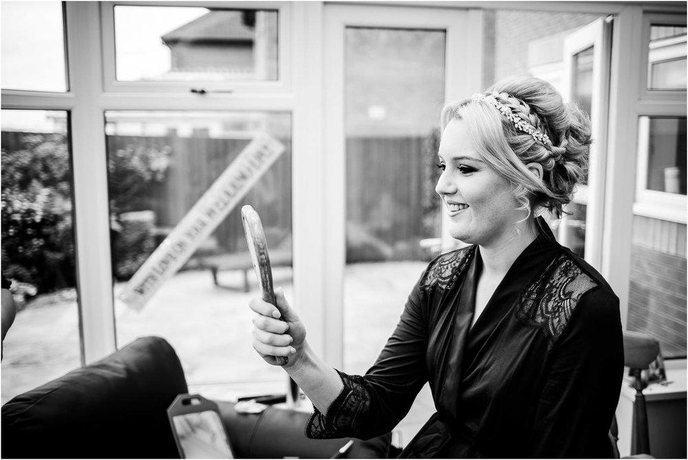 Shireburn_Arms_Wedding_Photographs-5.jpg
