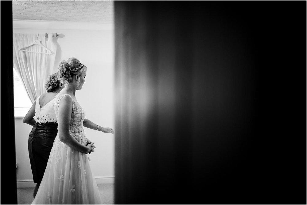 Shireburn_Arms_Wedding_Photographs-8.jpg
