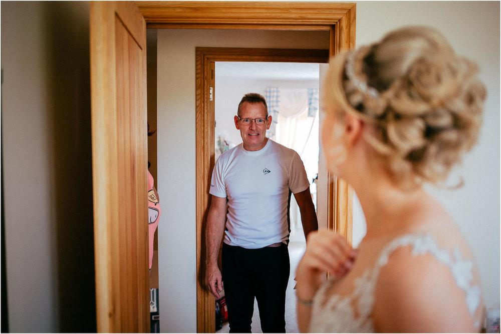Shireburn_Arms_Wedding_Photographs-9.jpg