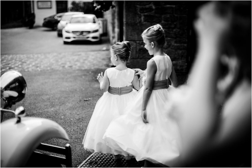 Shireburn_Arms_Wedding_Photographs-19.jpg