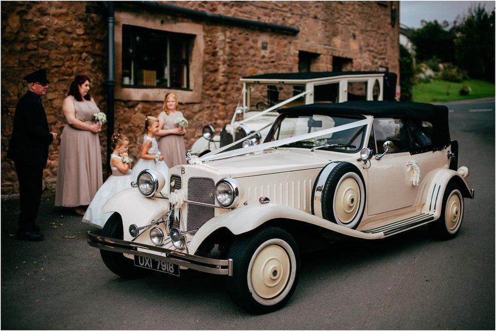 Shireburn_Arms_Wedding_Photographs-20.jpg