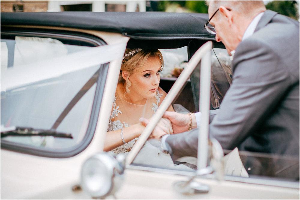Shireburn_Arms_Wedding_Photographs-23.jpg