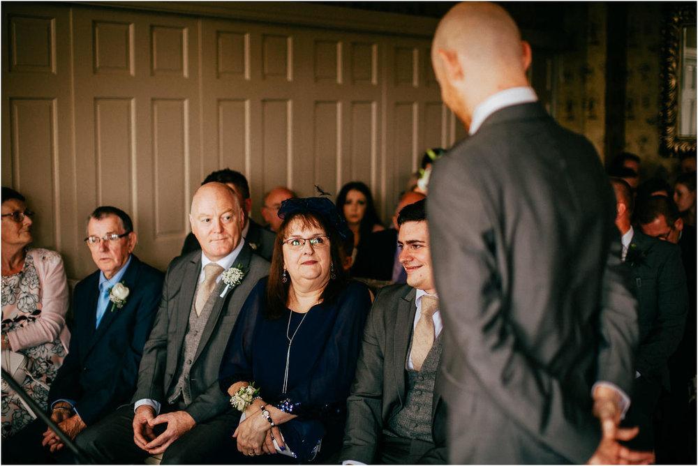 Shireburn_Arms_Wedding_Photographs-25.jpg