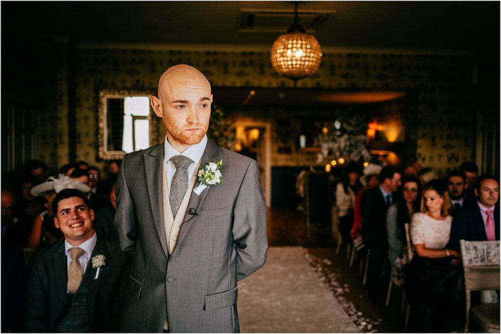 Shireburn_Arms_Wedding_Photographs-26.jpg
