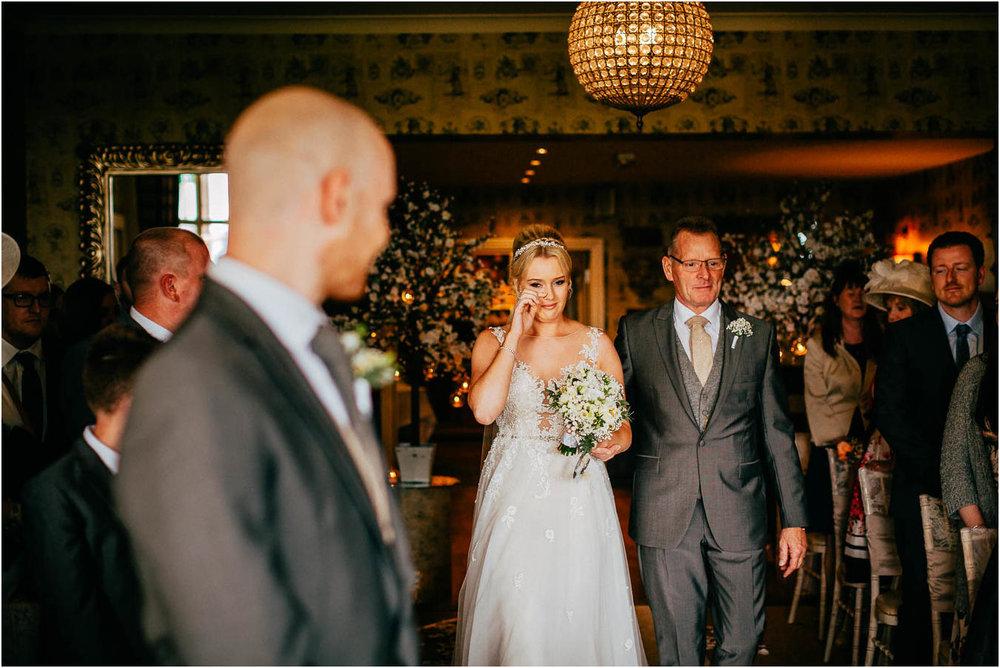 Shireburn_Arms_Wedding_Photographs-32.jpg