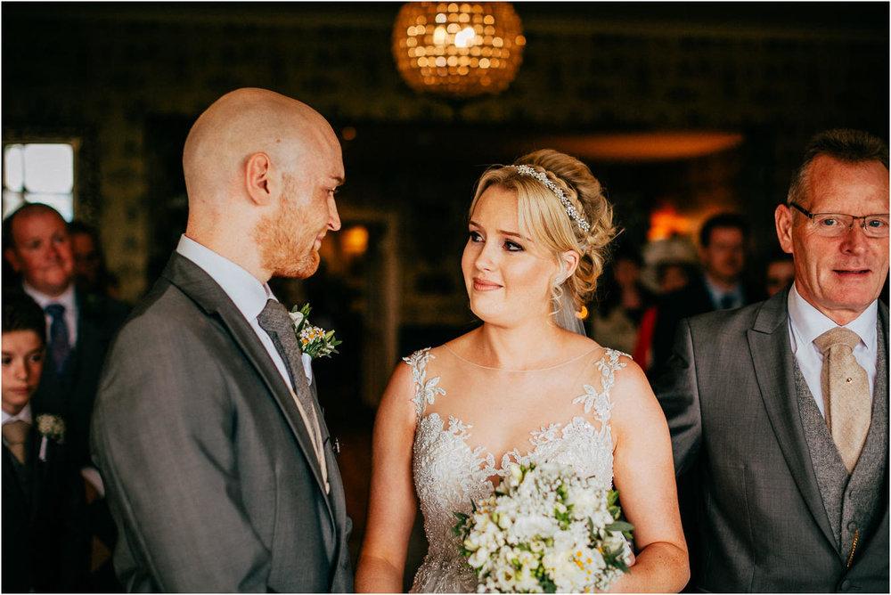 Shireburn_Arms_Wedding_Photographs-34.jpg