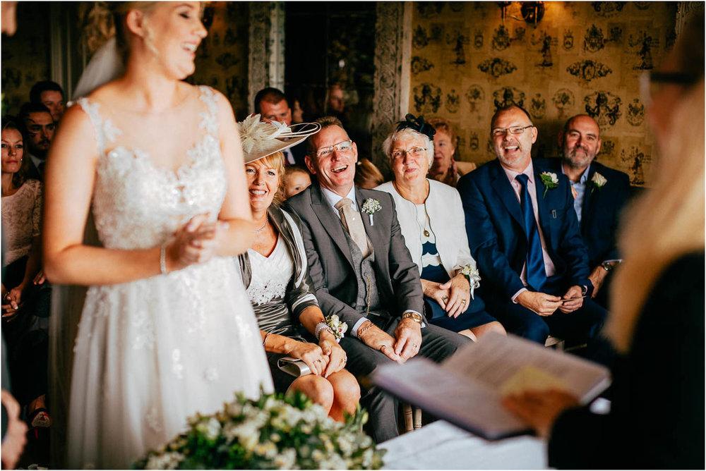 Shireburn_Arms_Wedding_Photographs-39.jpg