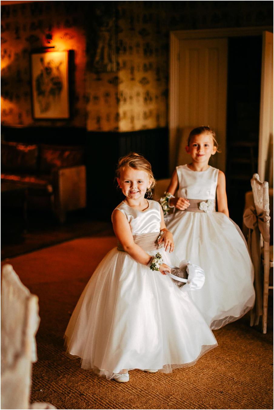 Shireburn_Arms_Wedding_Photographs-102.jpg