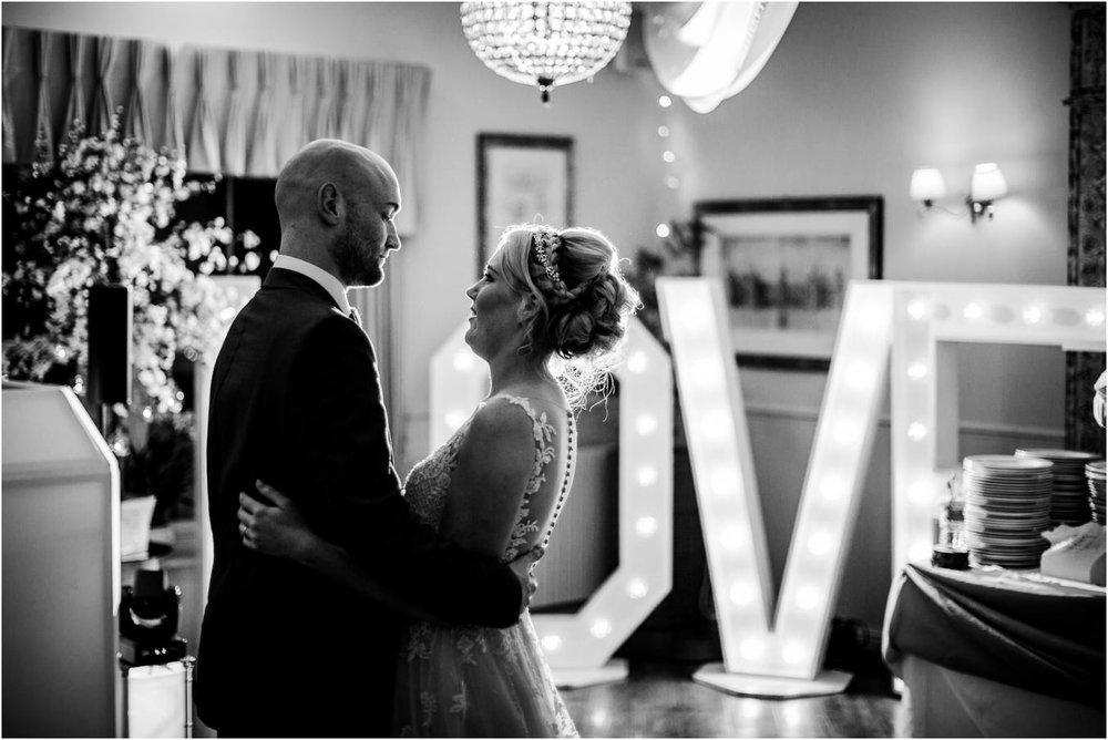 Shireburn_Arms_Wedding_Photographs-116.jpg