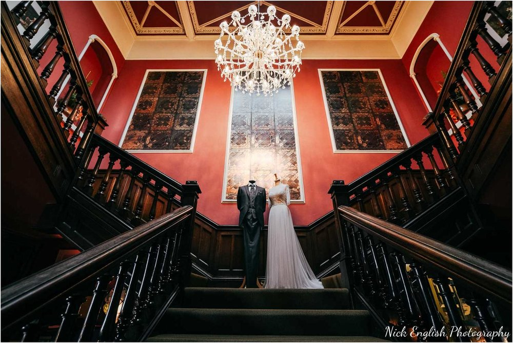 Falcon_Manor_Yorkshire_Wedding_Photographer-9.jpg
