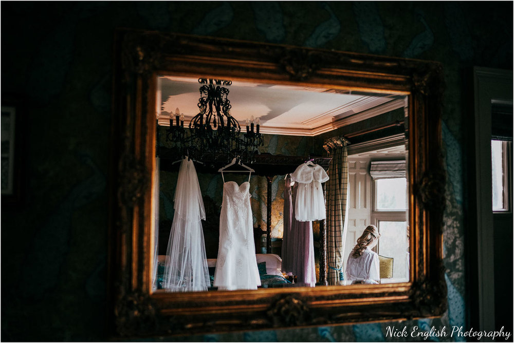 Mitton_Hall_Wedding_Photographer_2018-40.jpg