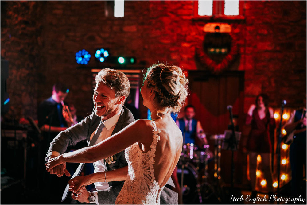 Browsholme_Hall_Tithe_Barn_Wedding_Photographer_Lancashire-114.jpg