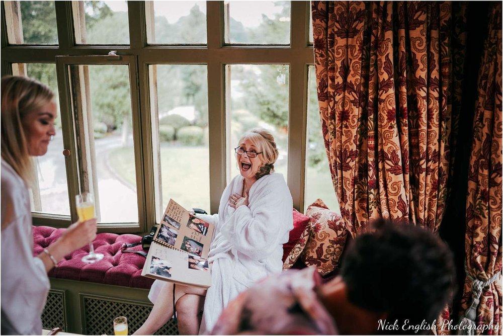 Mitton_Hall_Wedding_Summer_Photograph-5.jpg