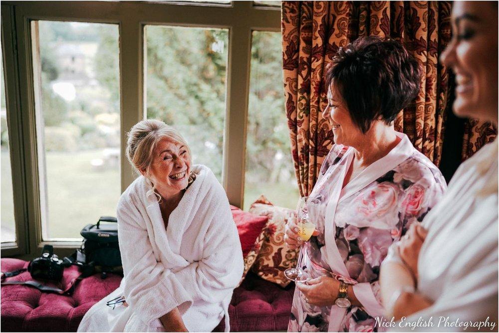 Mitton_Hall_Wedding_Summer_Photograph-6.jpg