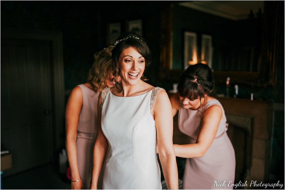 Mitton_Hall_Wedding_Summer_Photograph-25.jpg