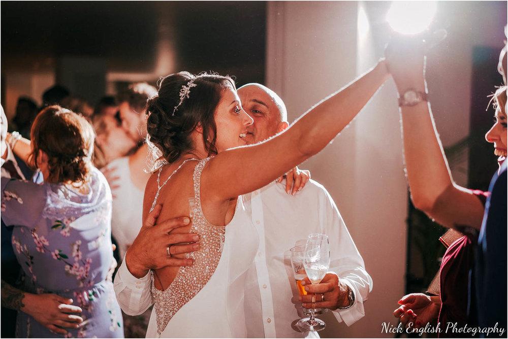 Mitton_Hall_Wedding_Summer_Photograph-130.jpg