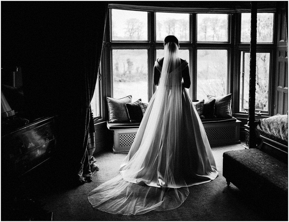 Mitton_Hall_Christmas_Wedding-12.jpg