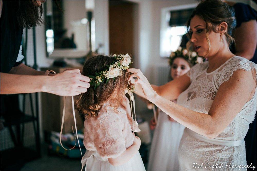 Holmes_Mill_Wedding_Photographs-28.jpg