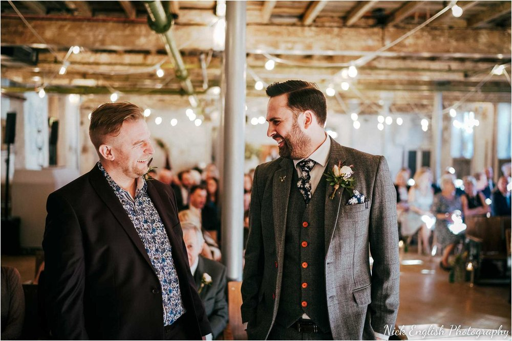Holmes_Mill_Wedding_Photographs-29.jpg