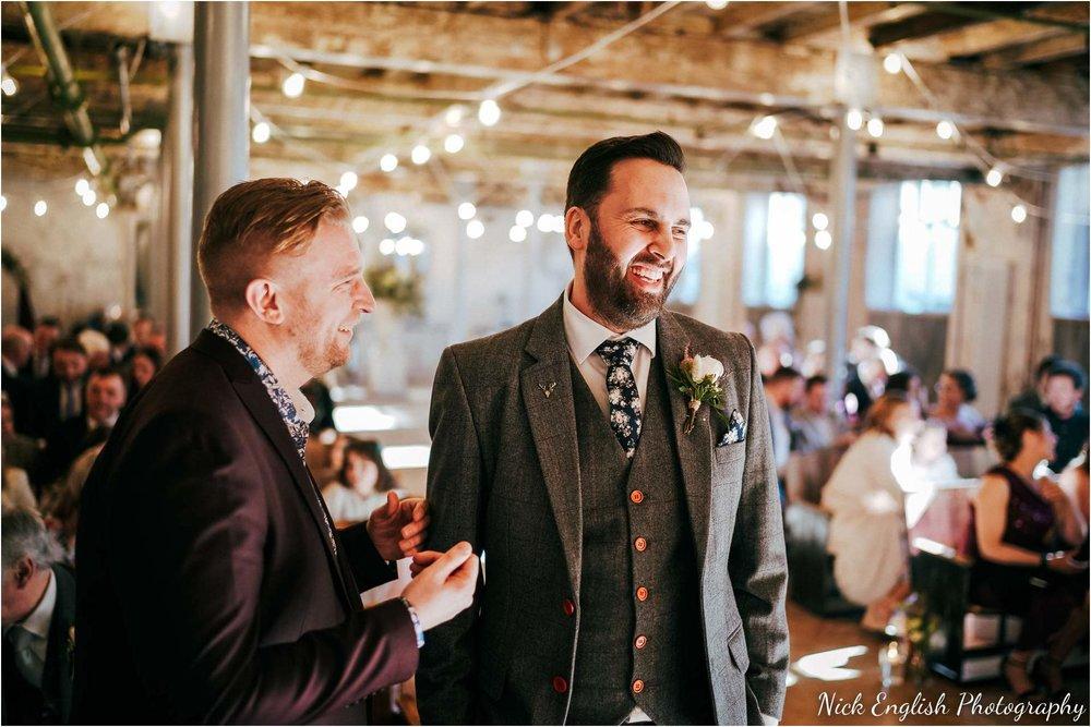 Holmes_Mill_Wedding_Photographs-31.jpg