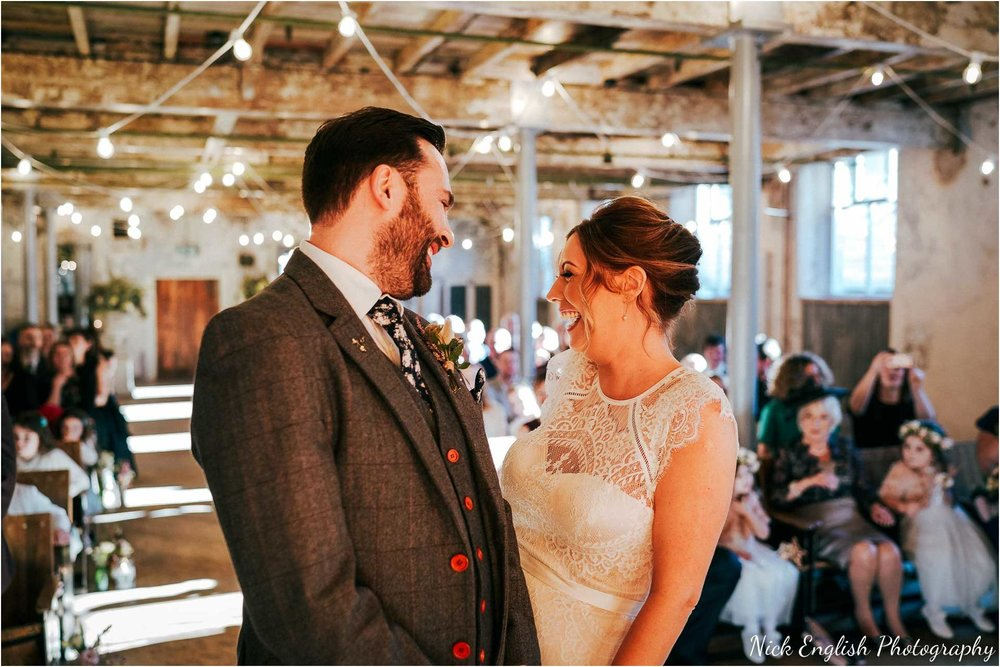 Holmes_Mill_Wedding_Photographs-41.jpg