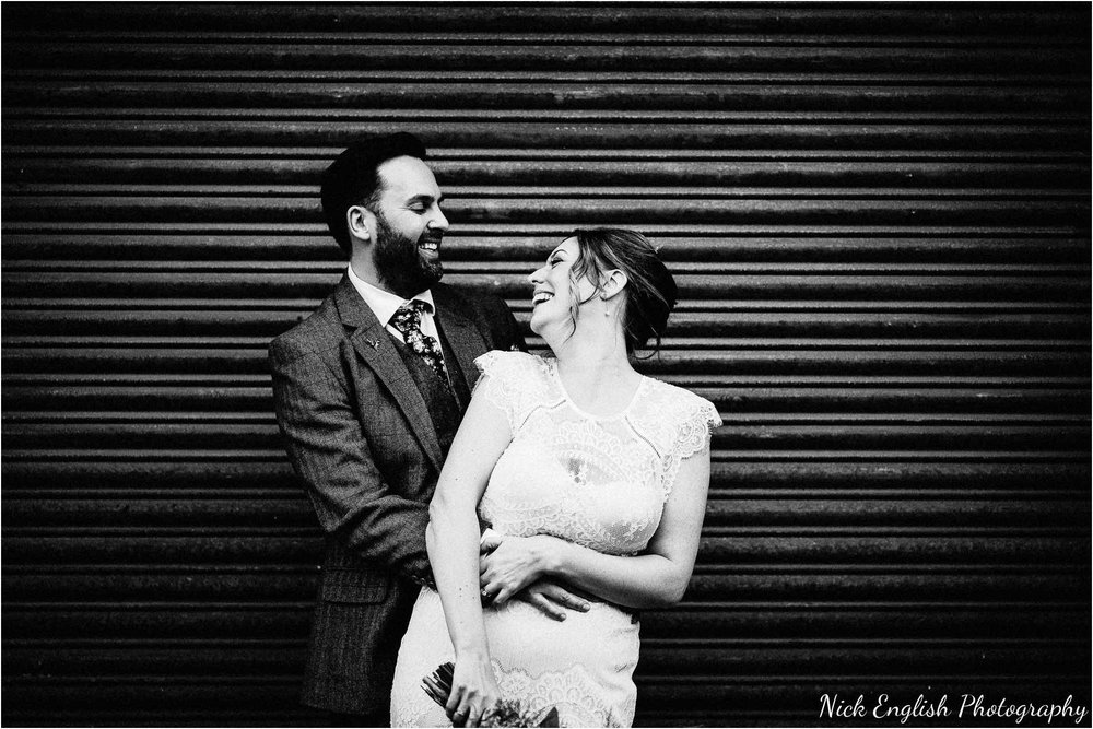 Holmes_Mill_Wedding_Photographs-90.jpg