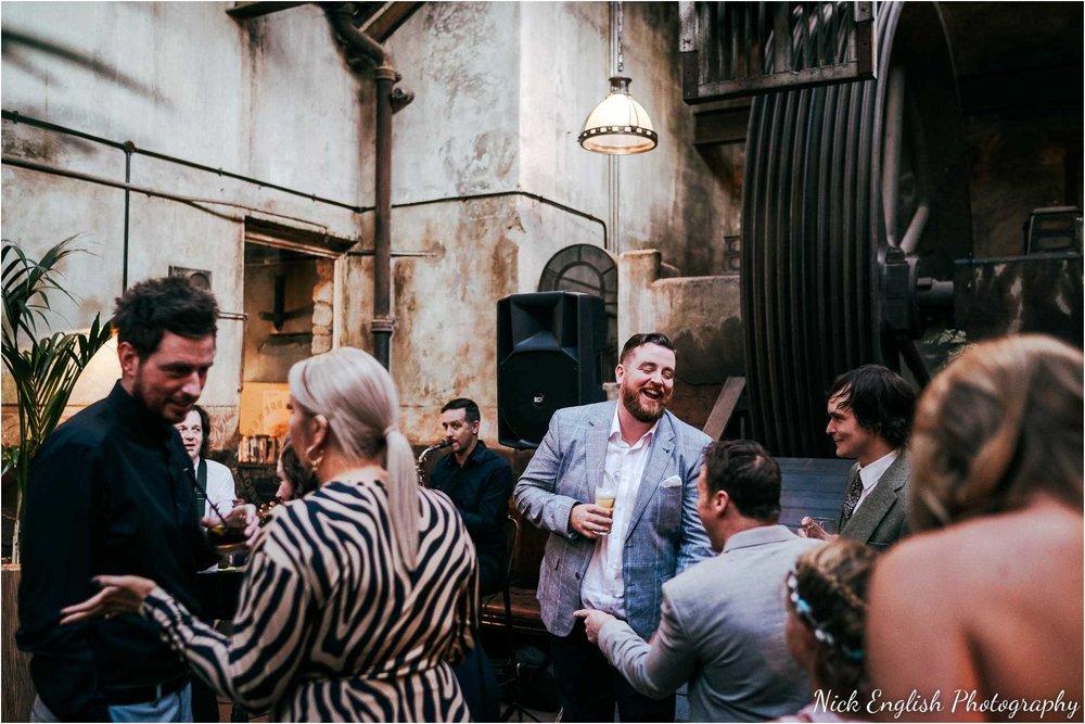 Holmes_Mill_Wedding_Photographs-98.jpg