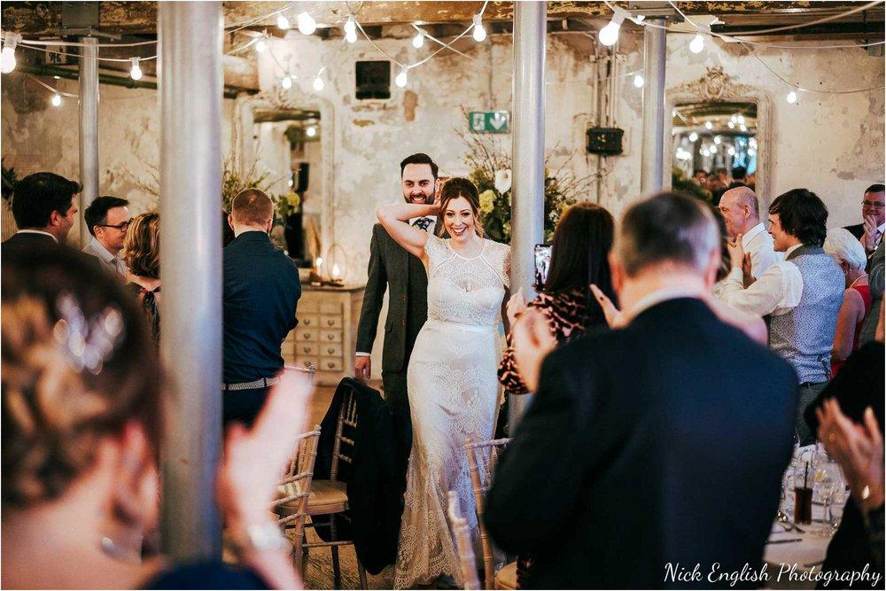 Holmes_Mill_Wedding_Photographs-103.jpg