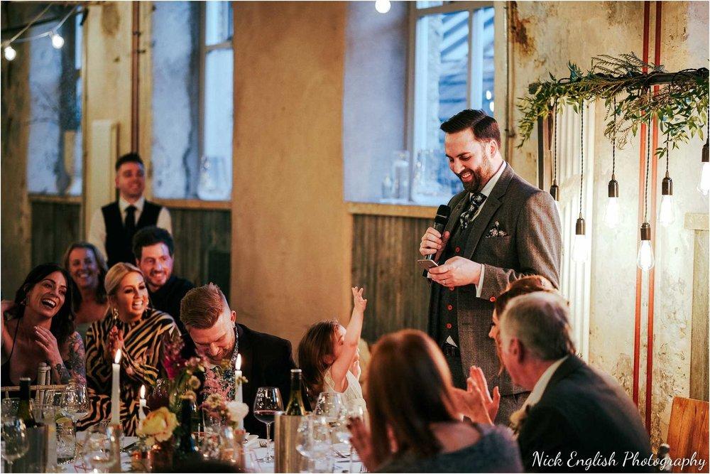Holmes_Mill_Wedding_Photographs-111.jpg