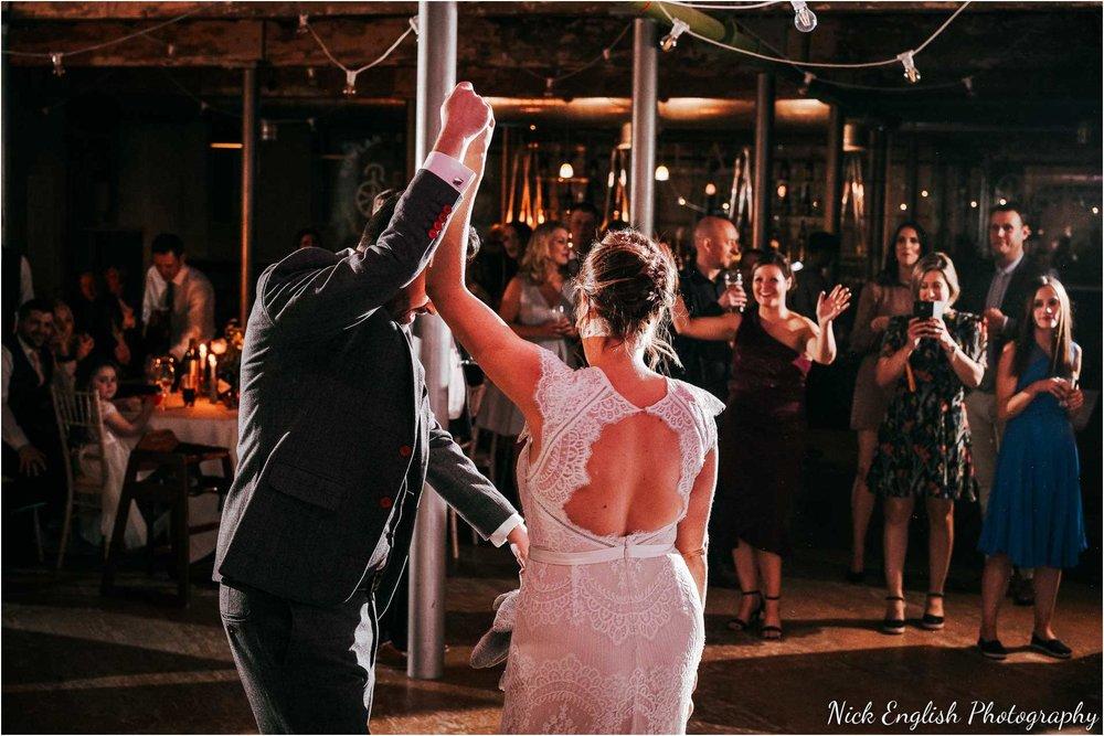 Holmes_Mill_Wedding_Photographs-122.jpg