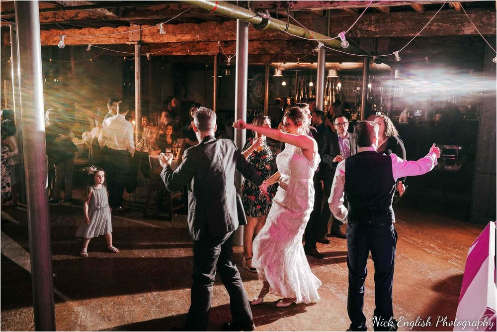 Holmes_Mill_Wedding_Photographs-126.jpg